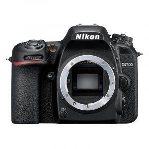 Nikon D7500 DSLR + AF-P 18-55mm
